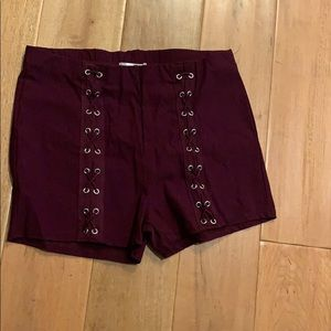 NWOT bozzolo Burgundy Shorts Small